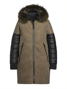 GOLDBERGH Lana fur coat (real raccoon)