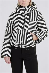 PERFECT MOMENT STAR DAZZLE JACKET