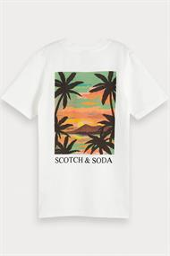 SCOTCH&SODA TEE WITH POSTCARD ARTWORK