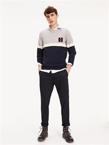 TOMMY HILFIGER CHEST BRANDED COLORBLOCK SWEATER